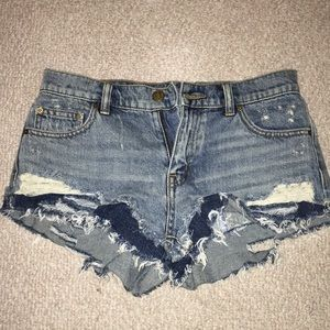 BDG boyfriend denim short low rise